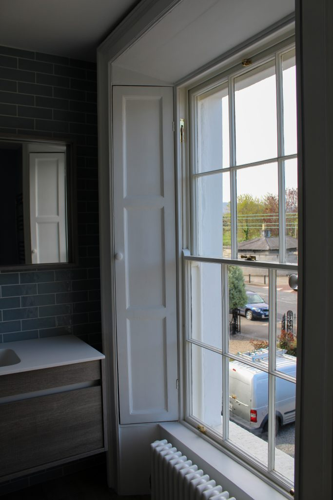 bathroom sash window